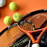 テニスの試合持ち物25選。必須アイテムからあると捗る物まで。試合で勝ち抜くために!