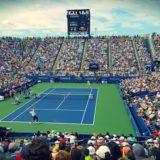 テニス試合観戦の様子